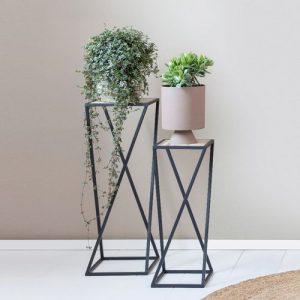 2 plantenstandaarden van Lifa Living