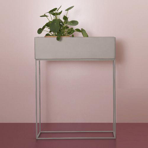 Roze plantenbak